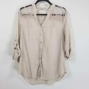 Cato long button cuff sleeve crochet blouse L